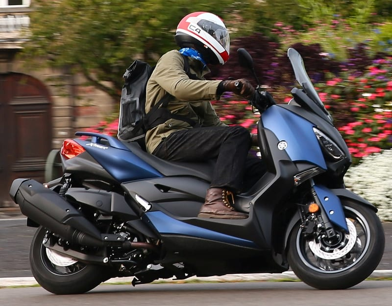 Yamaha XMAX 400 – on2wheels